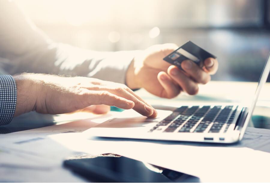 warning online lenders